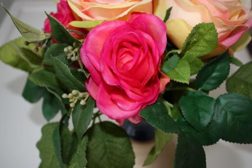 bouquet fleurs artificelles propre