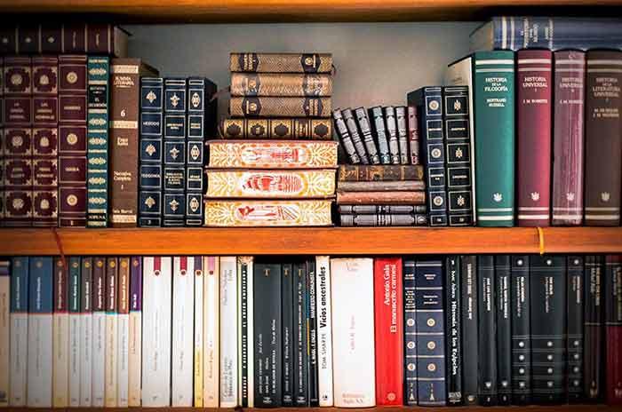 comment fabriquer une biblioth que sur mesure les. Black Bedroom Furniture Sets. Home Design Ideas