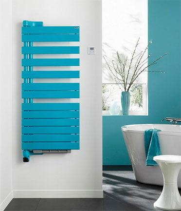 Sèche-serviette pivotant bleu