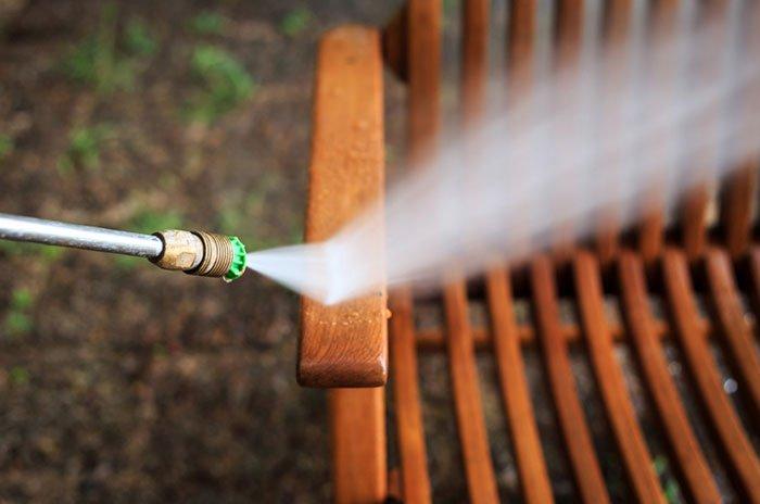 nettoyer chaise de jardin