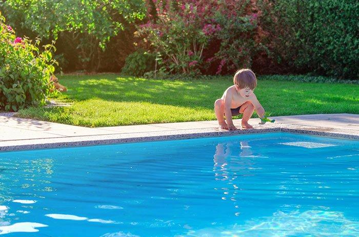 les risques liés à une piscine